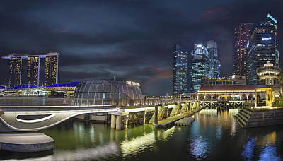 Central Photograph - Singapore City By The Fullerton Pavilion At Night by David Gn