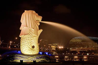 Singapore Merlion Statue Spewing Water Art Print by Jaynes Gallery