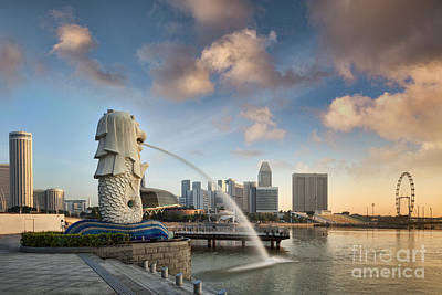 Photograph - Singapore The Merlion At Sunrise by Colin and Linda McKie