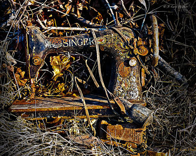 Digital Art - Singer Sewing Machine by J Larry Walker