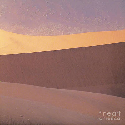 Wall Art - Photograph - Singing Sands by Susie Gillatt
