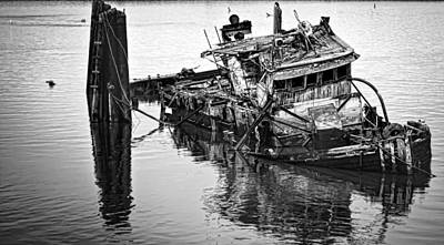 Photograph - Sinking by Heather Applegate