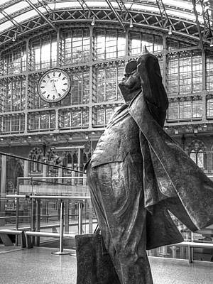 Railroad Station Photograph - Sir John Betjeman Statue And Clock At St Pancras Station In Black And White by Gill Billington