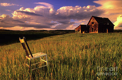 Pioneer Homes Photograph - Sit A Spell by Bob Christopher