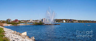 Photograph - Skyline Of Barrie In Ontario by Les Palenik