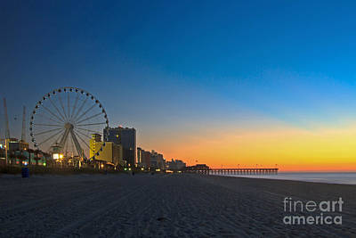 Photograph - Skywheel Early Morning II by Gene Berkenbile