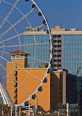 Photograph - Skywheel Xxii by Gene Berkenbile