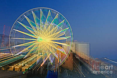 Photograph - Skywheel - Zoomed by Gene Berkenbile
