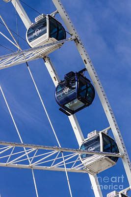 Photograph - Skywheel's Vip IIi by Gene Berkenbile