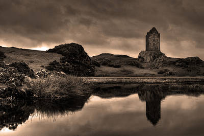 Border Reivers Photograph - Smailholm Tower by Darren Muir