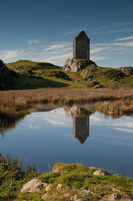 Border Reivers Photograph - Smailholm Tower Kelso by Brian Dingle