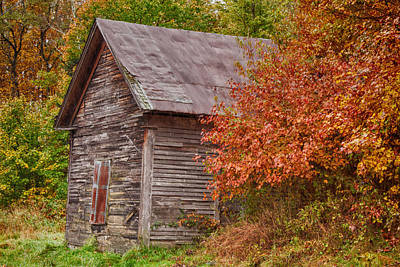 Small Wooden Shack In The Autumn Colors Art Print by Jeff Folger