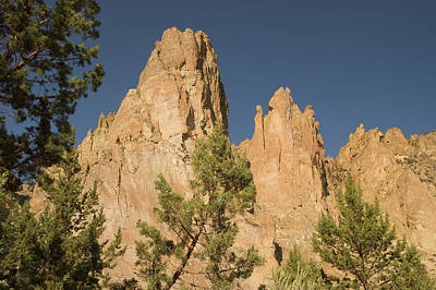 Photograph - Smith Rock Pinnacles by Arthur Fix