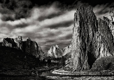 Photograph - Smith Rock State Park 1 by Robert Woodward
