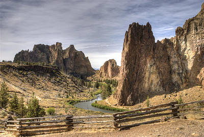 Freestanding Rock Photograph - Smith Rocks State Park by Arthur Fix