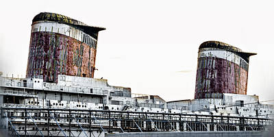 Liner Digital Art - Smoke Stacks - Ss United States - Philadelphia by Bill Cannon