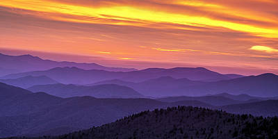 Smoky Sunset Panorama Art Print by Andrew Soundarajan
