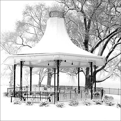 Daviess County Photograph - Smothers Park Gazebo by Wendell Thompson