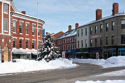 Christmas Holiday Scenery Photograph - Snow In Downtown Portsmouth by Eric Gendron