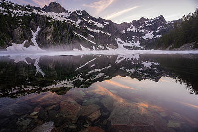 Snoqualmie Photograph - Snow Lake Sunset Colors by Mike Reid