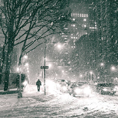 Snow Swirls At Night In New York City Art Print