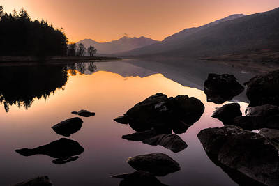 Photograph - Snowdon At Dusk by Peter OReilly