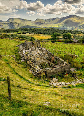 Fence Digital Art - Snowdon Ruin by Adrian Evans