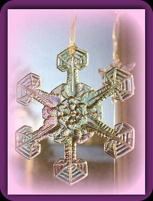 Digital Art - Snowflake Ornament by Holley Jacobs