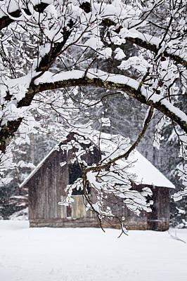 Photograph - Snowy Barn 2 by Rob Travis