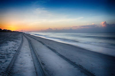 Photograph - Soft Waves Early Morning  by Alan Raasch