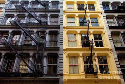 Photograph - Soho New York by Brian Jannsen