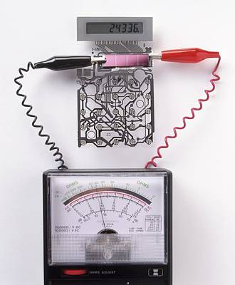Component Photograph - Solar Cell Inside A Calculator by Dorling Kindersley/uig