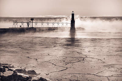 Photograph - Solitude On Ice by Bill Pevlor