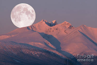 Photograph - Solstice Sunrise Alpenglow Full Moon Setting by Stanza Widen