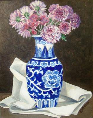 Painting - Some Mums by Laura Aceto