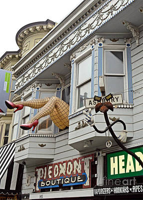 Photograph - Something To Find Only The In The Haight Ashbury by Jim Fitzpatrick