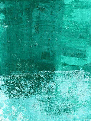 Beach Hotel Art Painting - Soothing Sea - Abstract Painting by Linda Woods