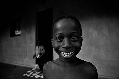 Guinea Wall Art - Photograph - Sorriso by Lu?s Godinho