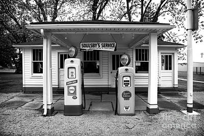 Photograph - Soulsby's Service Bw by John Rizzuto
