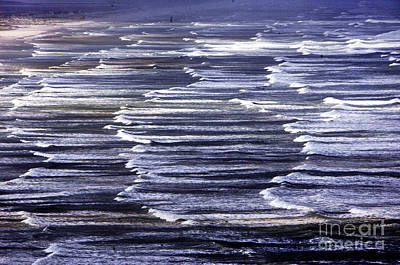 South African Indian Ocean Waves Print by Howard Koby