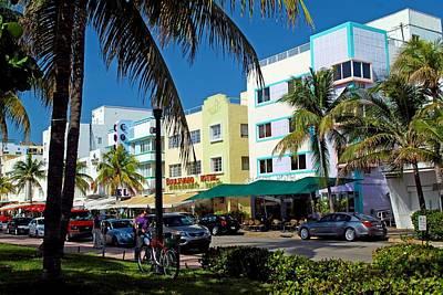 Photograph - South Beach 1 by Ricardo J Ruiz de Porras
