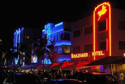 Photograph - South Beach 17 by Ricardo J Ruiz de Porras