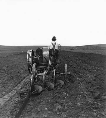 Dakota Painting - South Dakota Farming by Granger