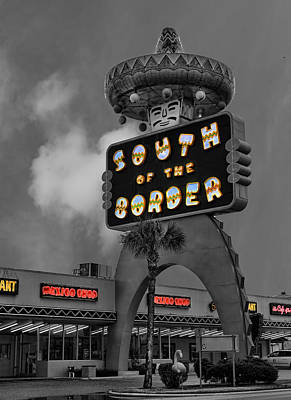 Photograph - South Of The Border by Lee Dos Santos