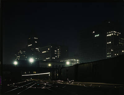 Illinois Central Railroad Photograph - South Water Freight Terminal At Night by Science Source