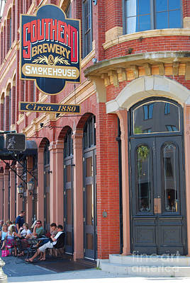 Photograph - Southend Brewery Downtown Charleston by Mark Spearman