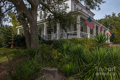Photograph - Southern Front Porch by Dale Powell