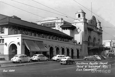 Photograph - Southern Pacific Depot At 3rd And Townsend San Francisco Circa 1945 by California Views Archives Mr Pat Hathaway Archives
