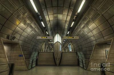 Photograph - Southwark 1.0 by Yhun Suarez