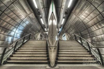 Photograph - Southwark 2.0 by Yhun Suarez